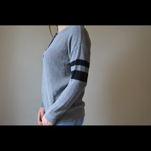 American Eagle Outfitters Sweaters - American Eagle Gray varsity stripe sweater XS